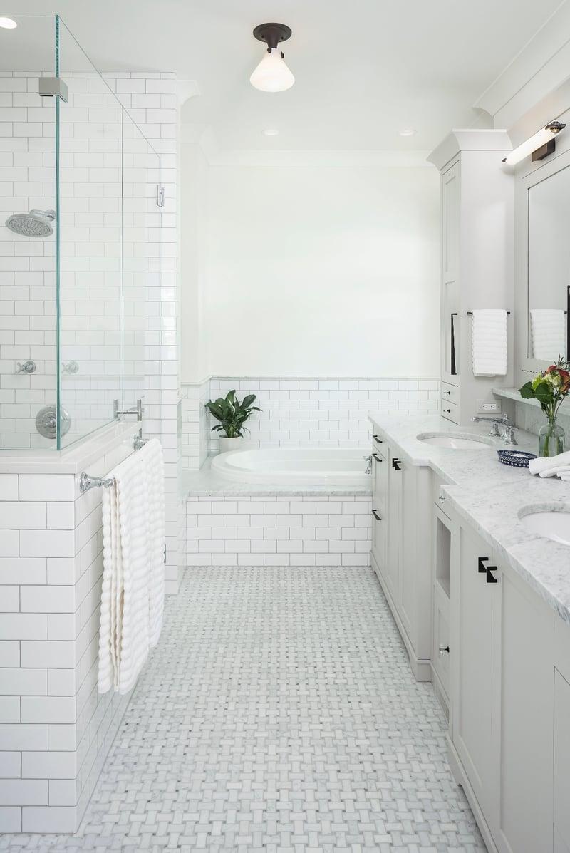 GREG16019 PRIMARY BATH