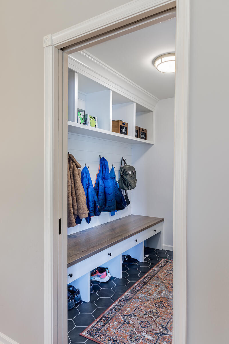 ZATK19044-MUDROOM-ANGLE-FROM-DINING